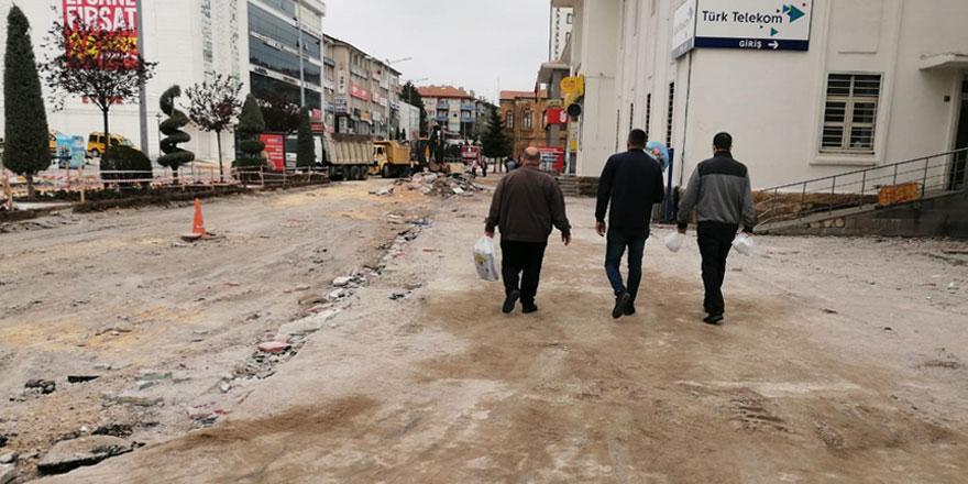 Yozgat'ta kaldırımlara neşter