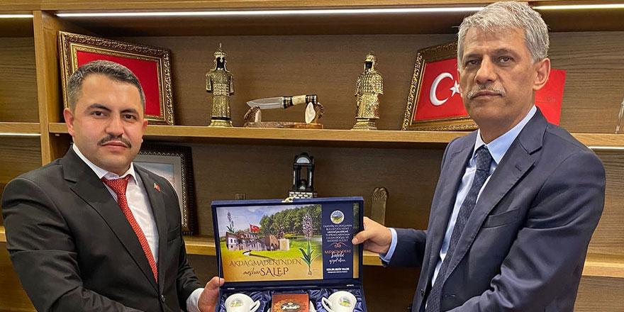 Akdağmadeni Belediye Başkanı Yalçın'dan Bakan Yardımcısı Alpaslan'a ziyaret