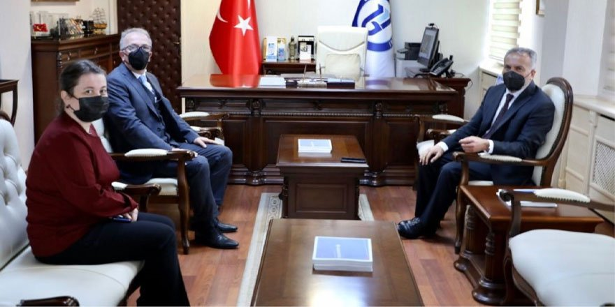 Bozok Üniversitesi Rektörü Karadağ'dan Uzun'a ziyaret